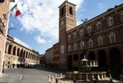 fabriano_piazza_del_comune-small1